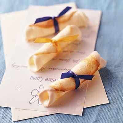 graduation-dessert-dipolma-idea-cookie-food-treat